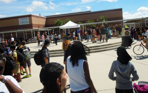 EDITORIAL: SCHOOL PEP RALLIES NEED IMPROVEMENT