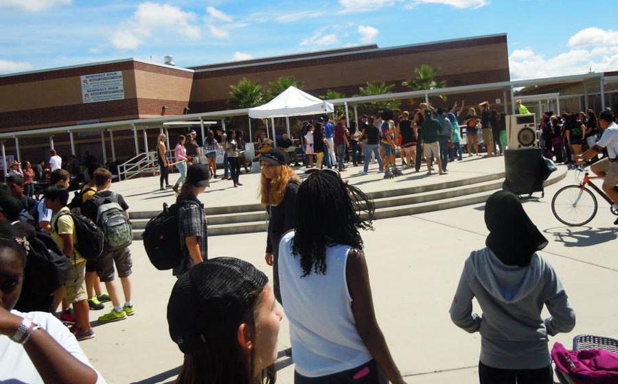 EDITORIAL: SCHOOL PEP RALLIES NEED IMPROVEMENT