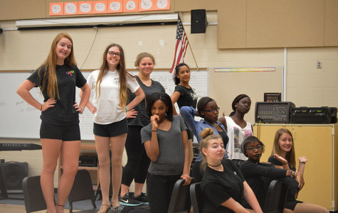 SHS CHORUS PERFORMS IN FALL PREVIEW