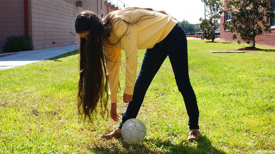 The Seminole girls soccer team prepares for a new season.