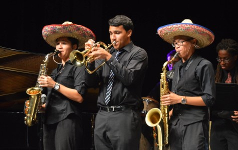 PHOTO GALLERY: HISPANIC HERITAGE SHOW
