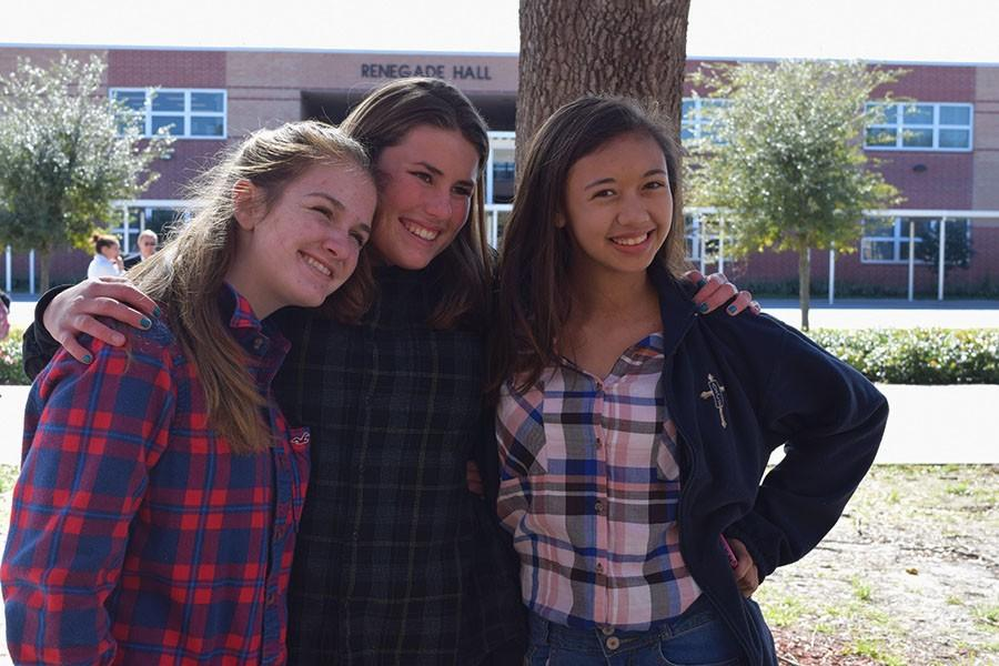 Seminole students pose to capture their school spirit during Winter Week.