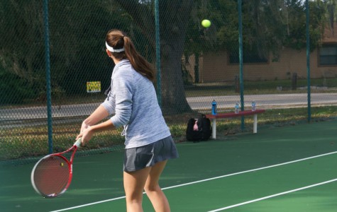 TENNIS TEAM SERVES UP PROMISING SEASON