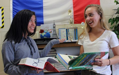 French students now have the ability to earn monetary rewards for speaking the foreign language.