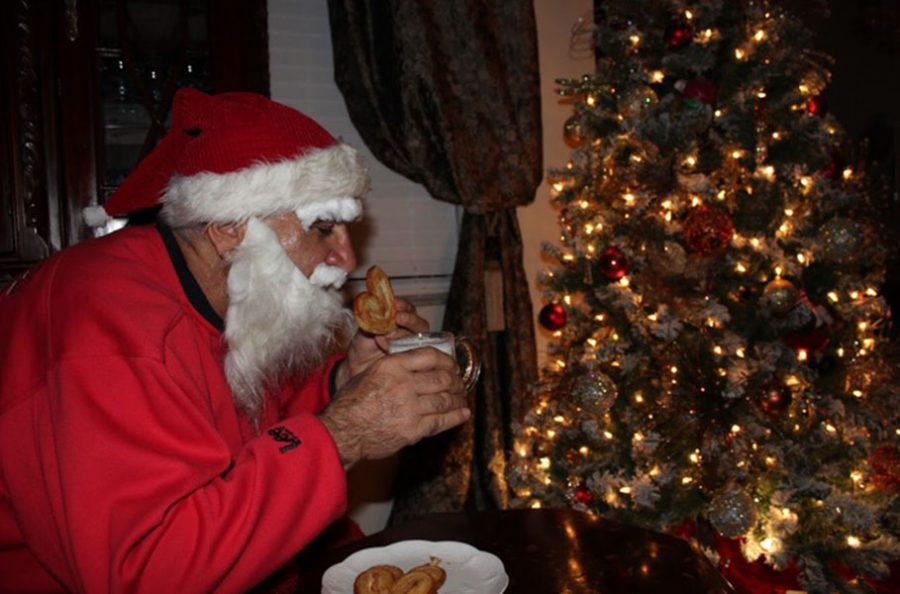 Santa Claus Is Coming To Town The Seminole Newspaper