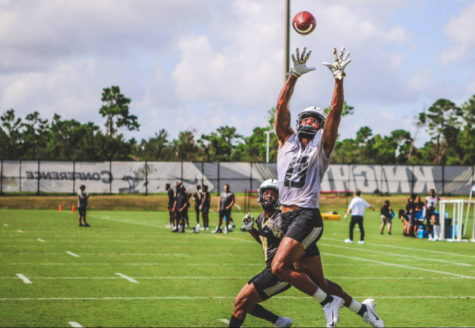 Alumni Gabriel Davis (class of 2016) reaches for great heights as a UCF football player.