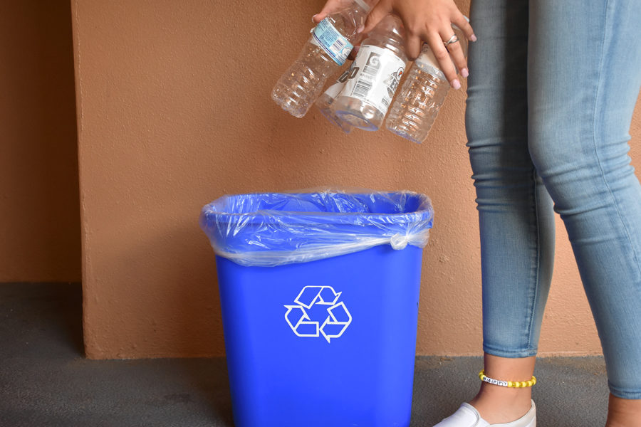 Seminole High School has added an environmental club to better the community and promote more recycling.