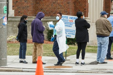Due to the covid-19 pandemic, voting in the state of Florida was limited. Many citizens could not take part because of concern for their safety. (source of picture Washington Post)