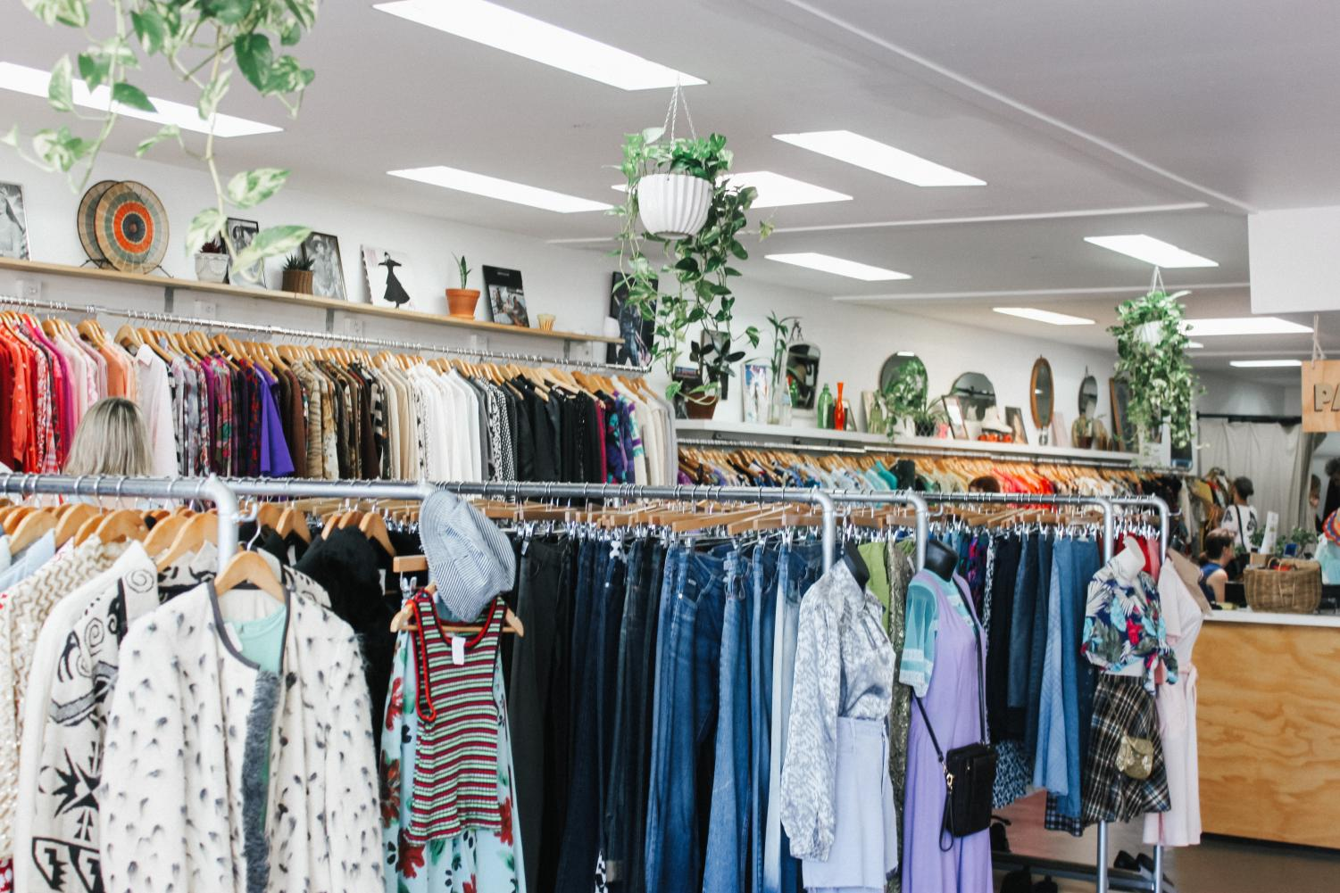 Shopping second hand is a great affordable option to buy clothing. Not only is it cost effective but it is also environmentally friendly.